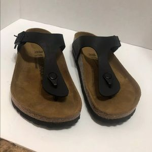 Birkenstock Gizeh Sandals- Black   38  L7